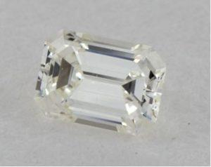 Diamante de 23 puntos Talla Esmeralda